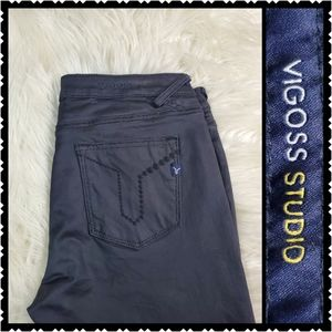 Vigoss Black skinny size 30 low rise jeans